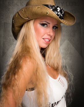 Accessories_Cowboy-Hat_Stars-And-Spikes_Brown